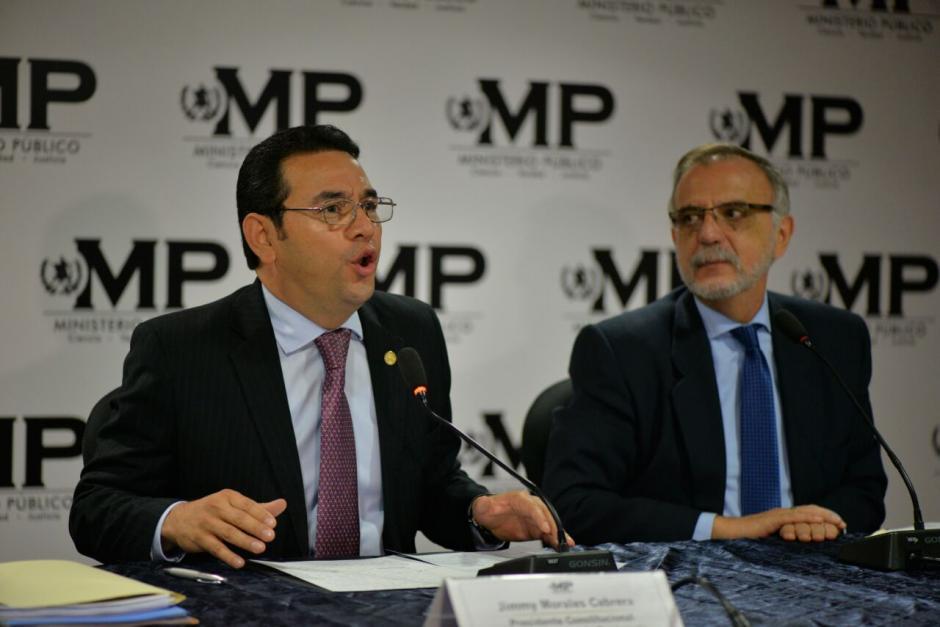 Velásquez instó a la población a que colabore en recuperar la institucionalidad del Estado. (Foto: Wilder López/Soy502)