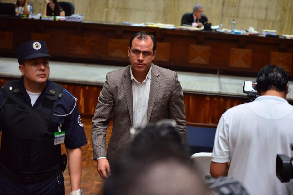El exministro de Cultura Dwight Pezzarossi se abstuvo de declarar. (Foto: Jesús Alfonso/Soy502)