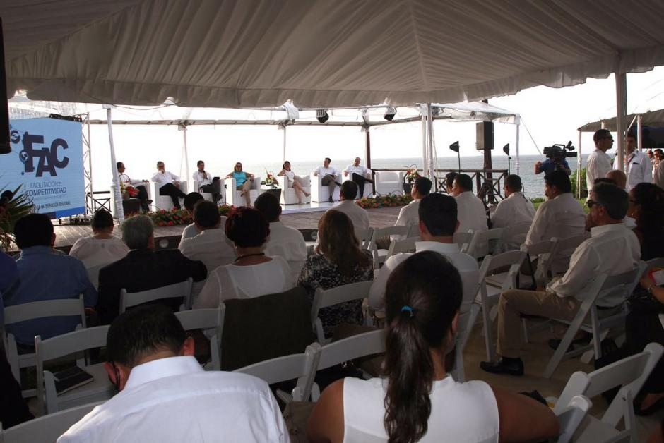 El evento se lleva a cabo en un complejo hotelero. (Foto: Presidencia)