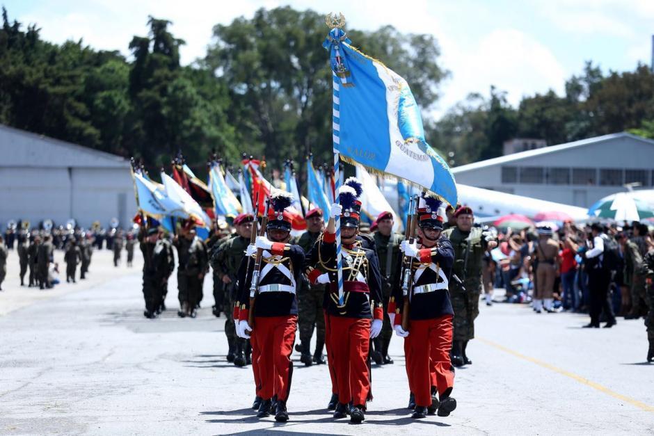 El ministro negó que se obligara a llegar a los familiares de los militares. (Foto: Gobierno)