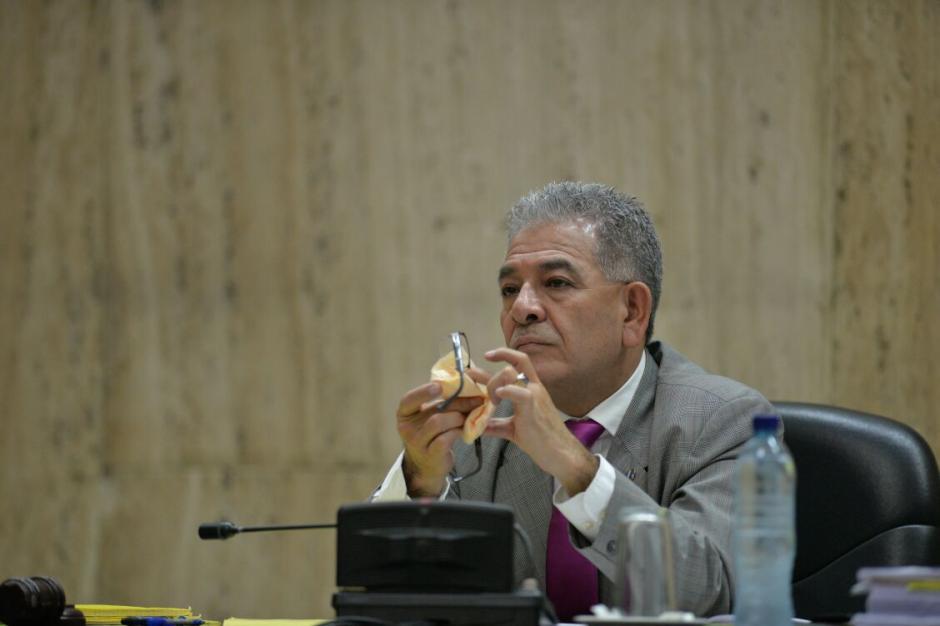 El juez Miguel Ángel Gálvez escuchó atento la defensa de Galindo. (Foto: Wilder López/Soy502)