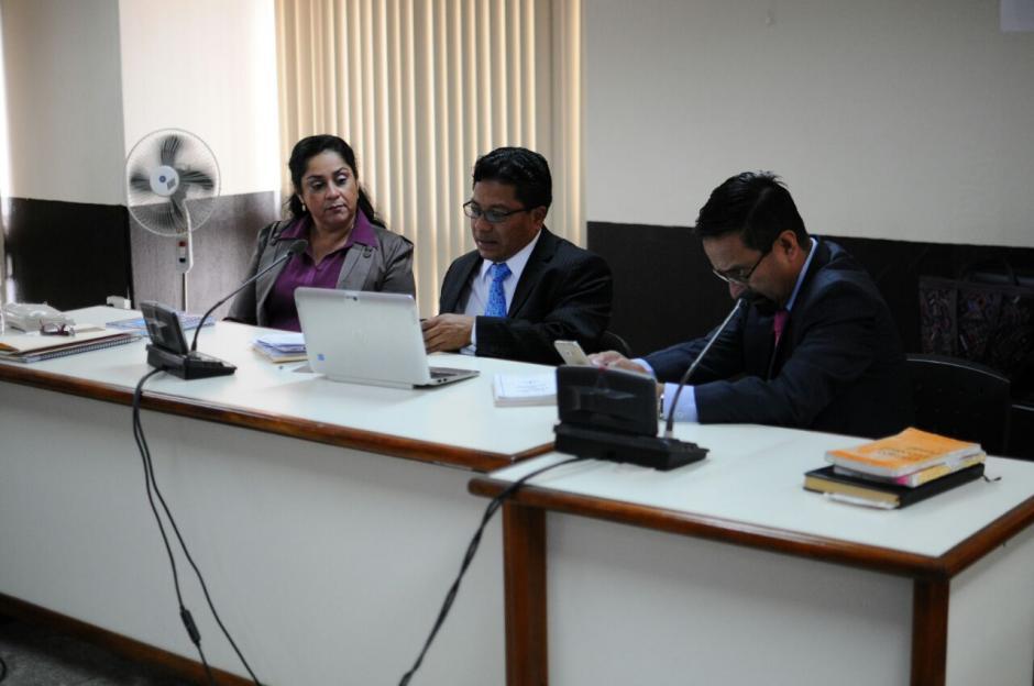 Reinoso recibió un pago de 50 mil quetzales proveniente de la cuenta de uno de los involucrados en un proceso de manutención. (Foto: Alejandro Balám /Soy502)