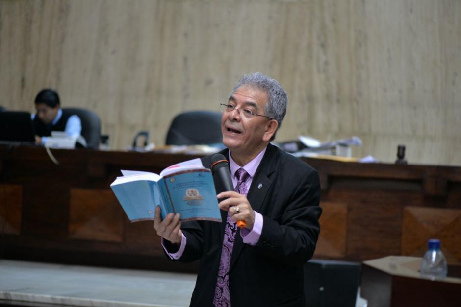 Posterior a ello, se concentró en iniciar la audiencia por el caso Cooptación del Estado. (Foto: Wilder López/Soy502)