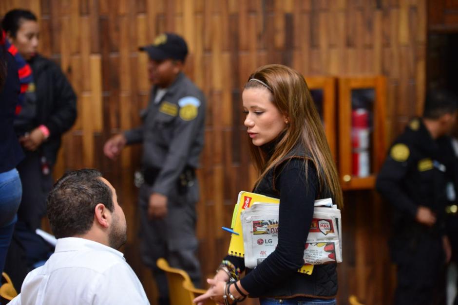 Daniela Beltranena, quien fue ligada a proceso y enviada a prisión preventiva, estuvo presente durante el último día de audiencia. (Foto: Jesús Alfonso/Soy502)