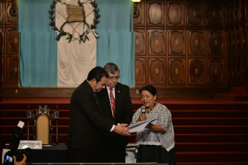 La sociedad civil entregó el documento final al Gobierno. (Foto: Wilder López/Soy502)
