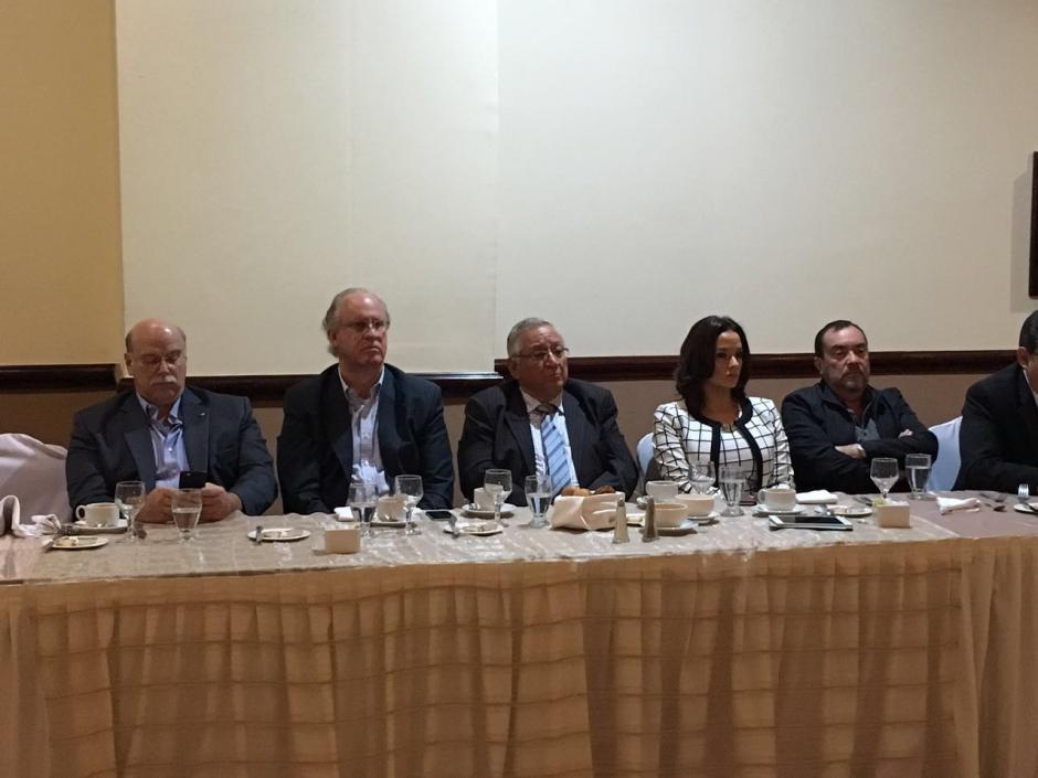 El partido oficialista no participó en el diálogo. (Foto: Cacif)