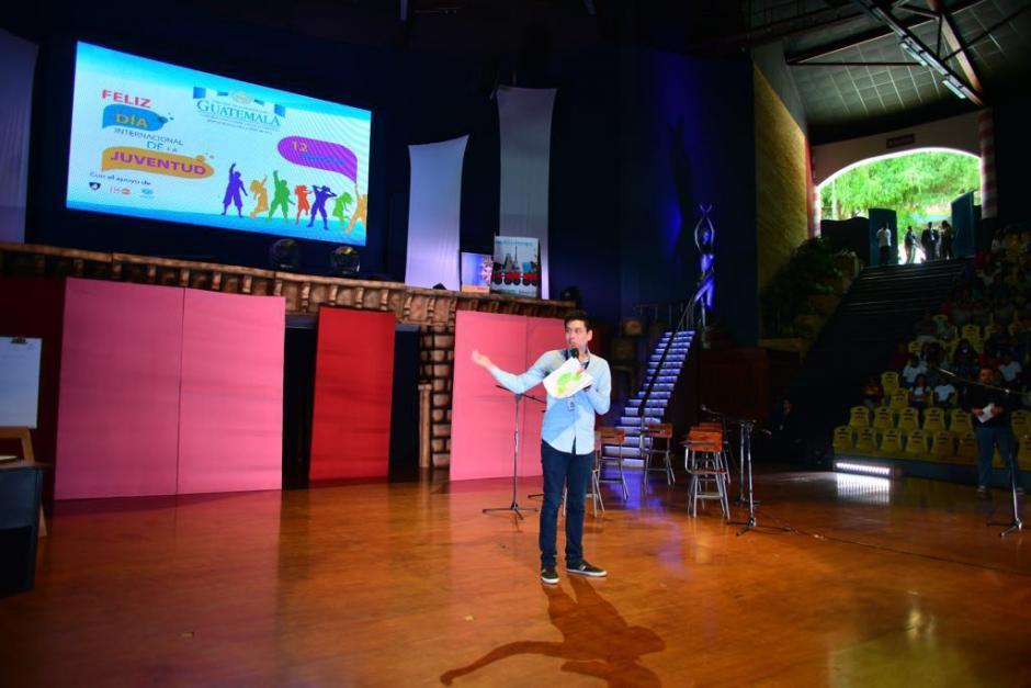 El director de Conjuve explica que la implementación de esta aplicación les costó entre 9 y 10 mil quetzales. (Foto: Jesús Alfonso/Soy502)