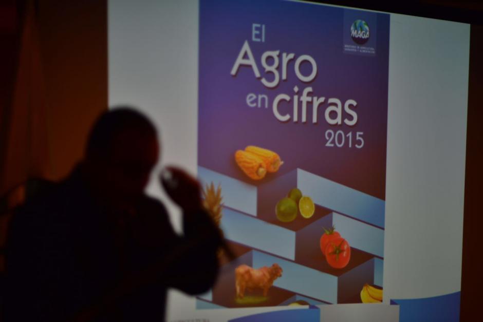 """El ministro brindó declaraciones previo a iniciar la presentación del evento """"Agro en Cifras"""". (Foto: Jesús Alfonso/Soy502)"""