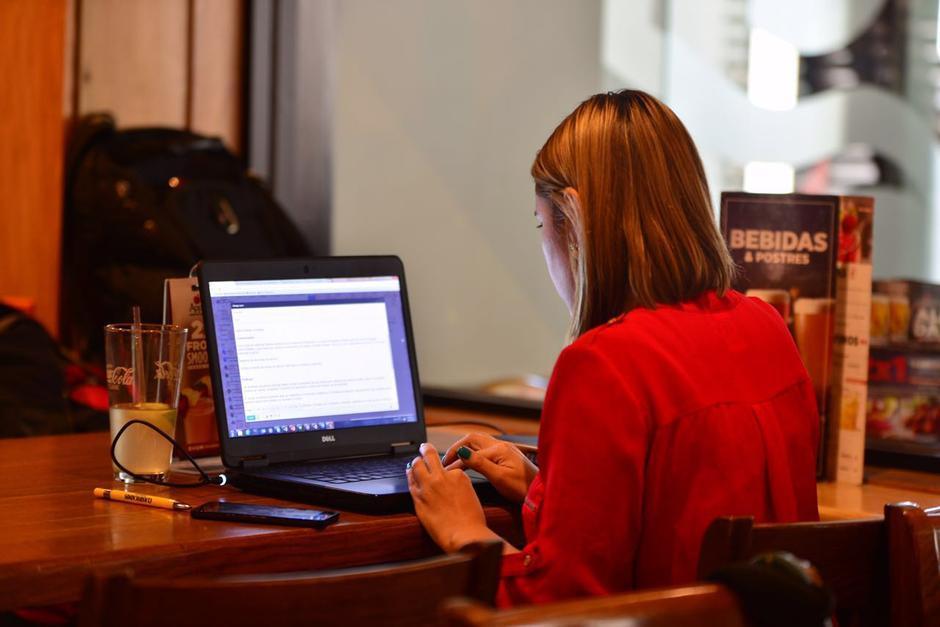 Algunos consideran que es mejor empezar a trabajar desde tu último año de carrera. (Foto: Archivo/Soy502)