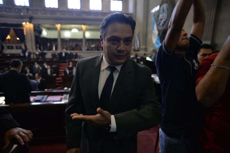 La diputada pidió que Javier Hernández no esté cerca de su lugar de trabajo, pese a que trabajan en la misma bancada y ambos son diputados. (Foto: Wilder López/Soy502)