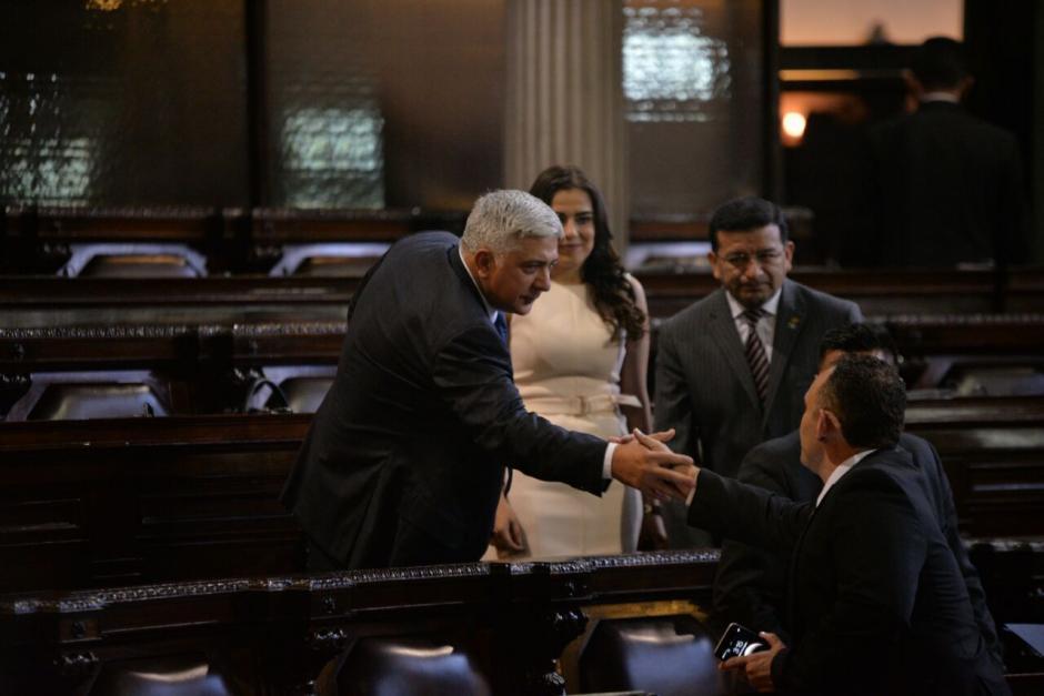 La diputada fue saludada por compañeros de su bancada. (Foto: Wilder López/Soy502)