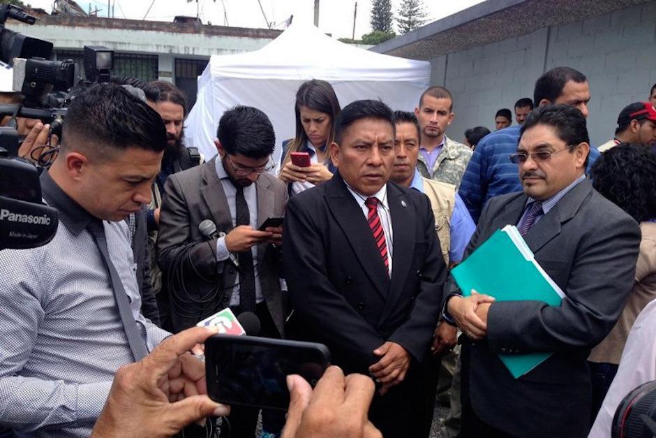 """El Juez Pablo Xitumul visitó la cárcel de Matamoros para verificar cómo se encontraba """"El Taquero"""". (Foto: Alejandro Balán/Soy502)"""