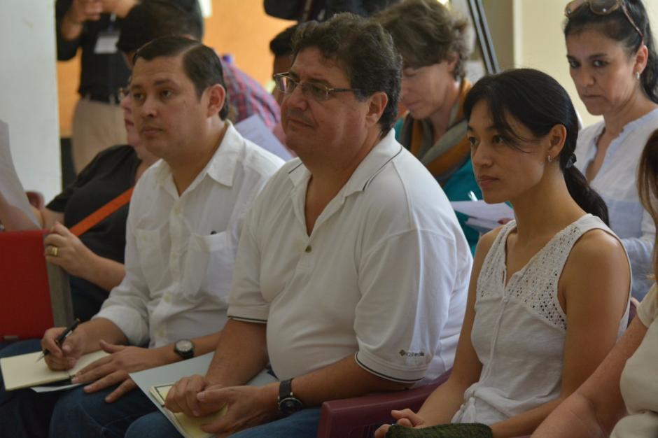 La ministra de salud Lucrecia Hernández Mack, el viceministro Adrian Chavez y el Secretario de la SESAN German González. (Foto: MSPAS)