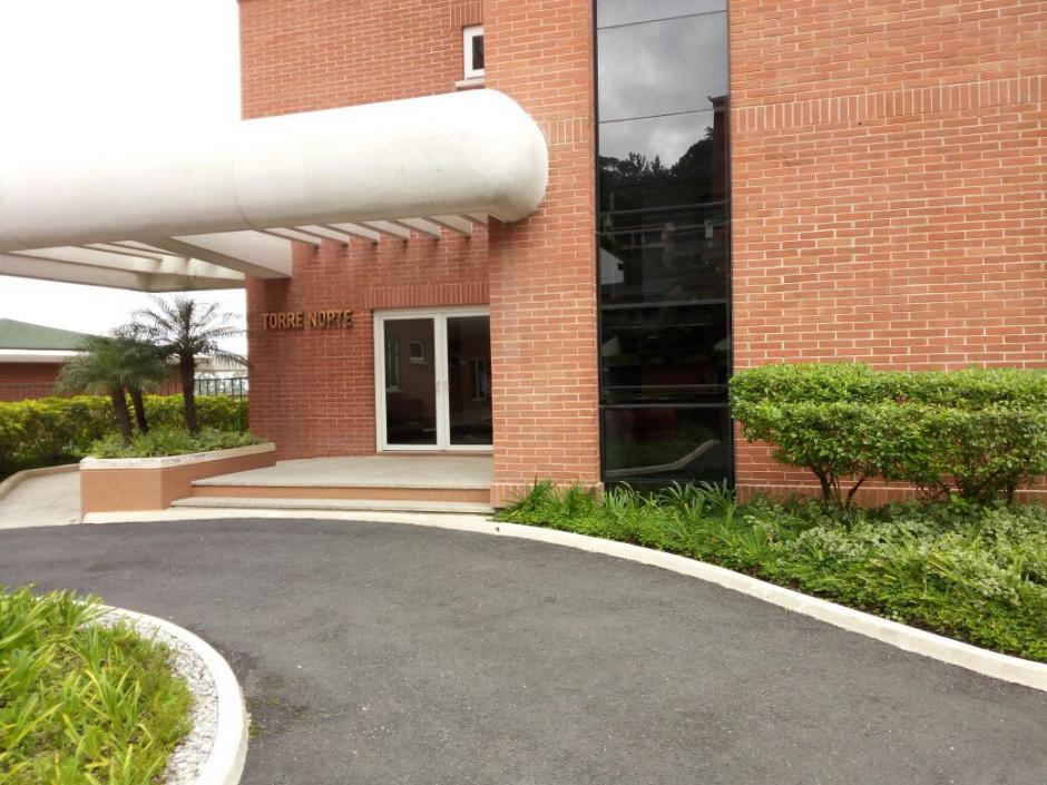 Además, el MP hizo entrega de una bodega ubicada en el mismo edificio, propiedad de la misma compañía. (Foto: MP)