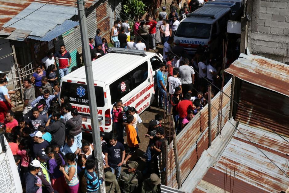 Se está verificando si las viviendas están legalizadas por Udevipo. (Foto: Alejandro Balán/Soy502)