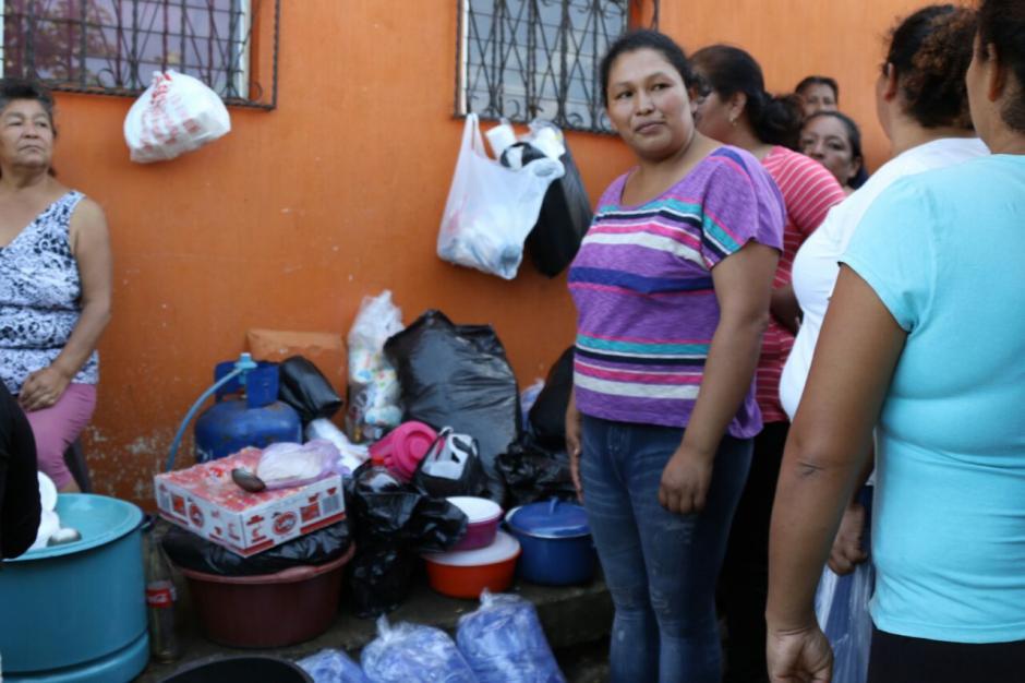 La familia Pérez empezó con la idea y luego se les unieron más vecinos. (Foto: Alejandro Balán/Soy502)