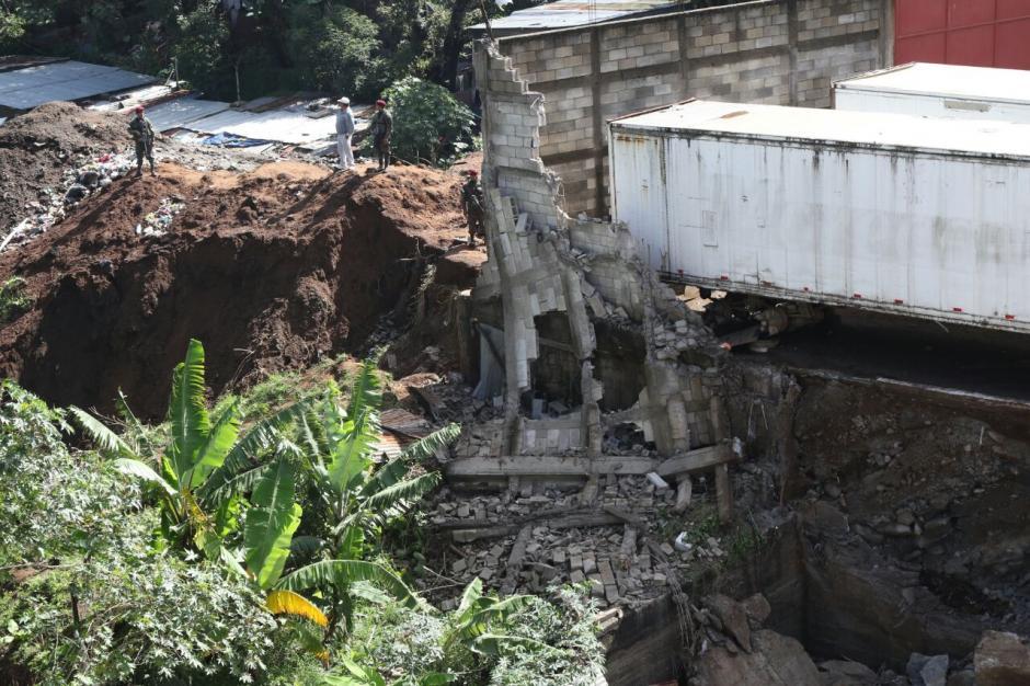 El deslizamiento de tierra ocurrió en Santa Isabel II, en la zona 3 de Villa Nueva. (Foto: Alejandro Balán/Soy502)