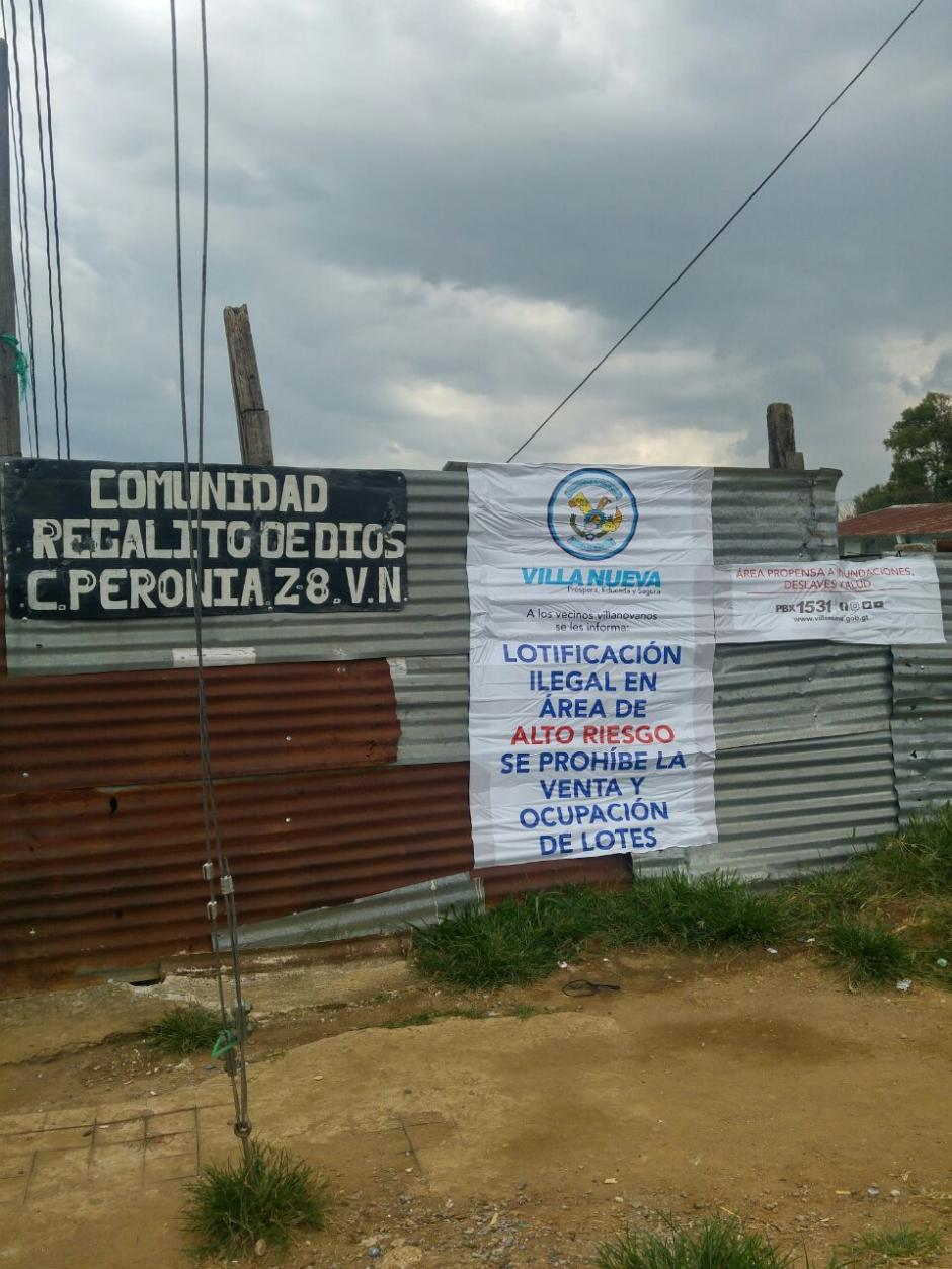 El Juzgado de Asuntos Municipales notificó a los habitantes del asentamiento Regalito de Dios acerca del riesgo. (Foto: Municipalidad de Villa Nueva)