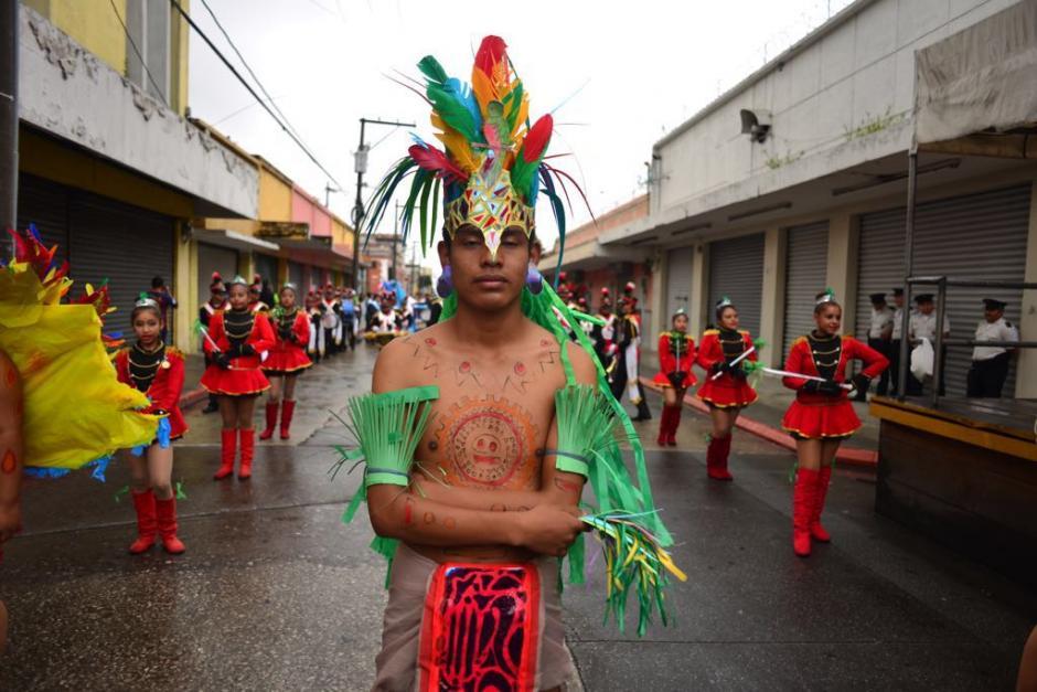 Los escolares recorrieron el Centro Histórico. (Foto: Jesús Alfonso/Soy502)
