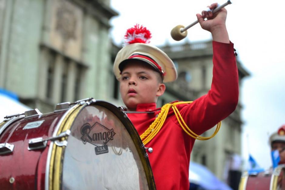 Un total de 120 bandas acompañaron el desfile. (Foto: Jesús Alfonso/Soy502)
