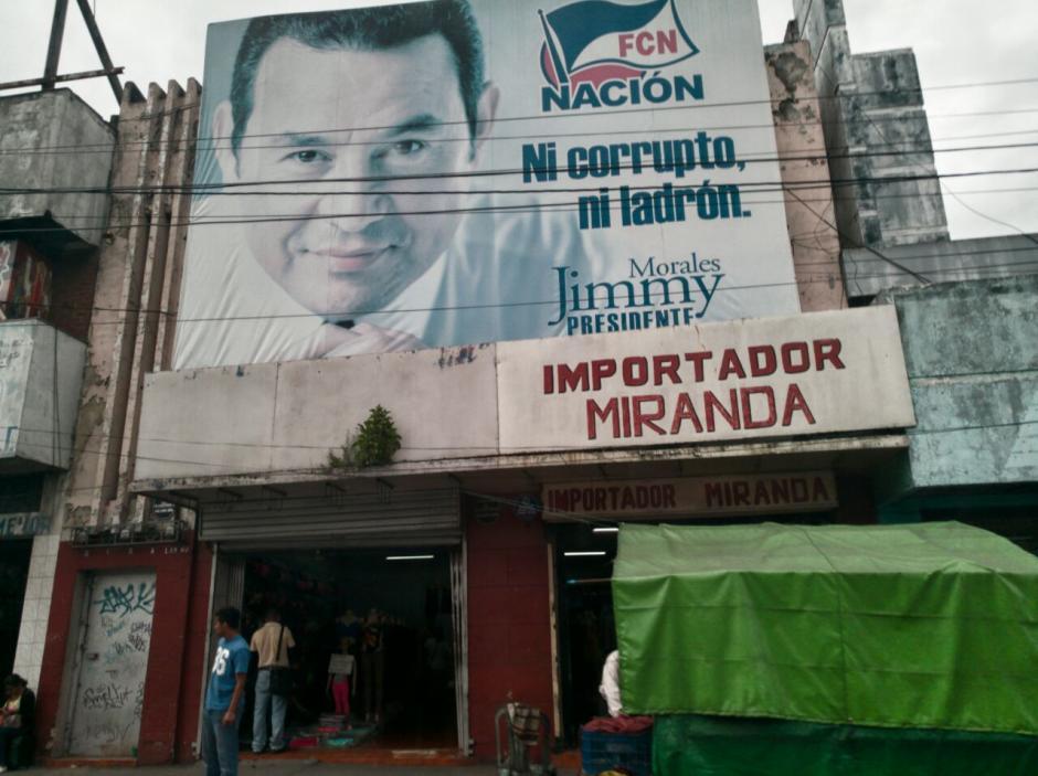 El Presidente lleva varias semanas sin atender a la prensa y ahora estará una semana fuera del país. (Foto: Wilder López/Soy502)