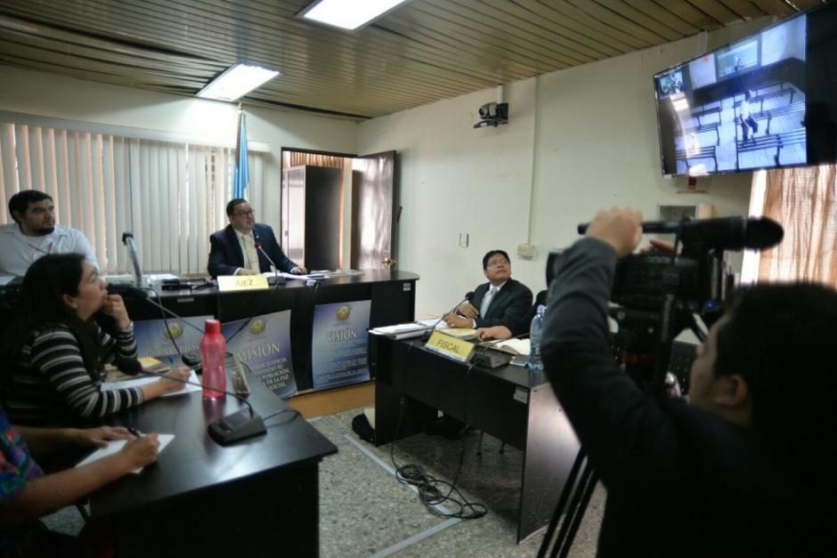 La audiencia de primera declaración del supuesto asesino se lleva a cabo a través de videoconferencia. (Foto: Wilder López/Soy502)
