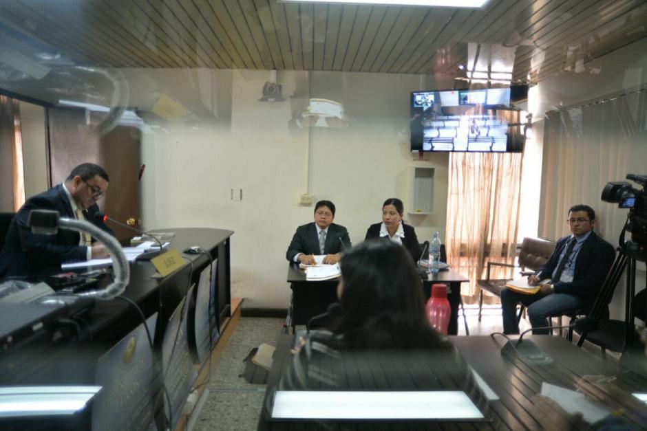 La audiencia se suspendió en dos ocasiones por la falta del traslado del homicida. (Foto: Wilder López/Soy502)