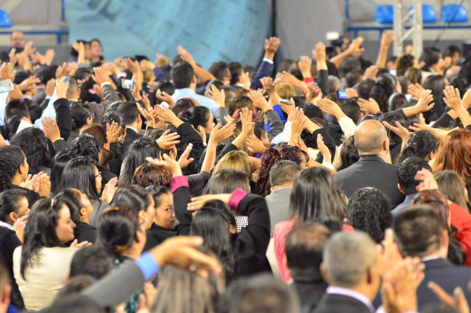 """En la actividad los maestros cantaron la canción """"Maestro Camina"""" (Foto: Jesús Alfonso/Soy502)"""
