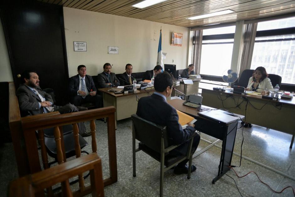 La Fiscalía presentó la declaración de Claudia Escobar, quien denunció a Rivera y González, y tres peritajes. (Foto: Wilder López/Soy502)