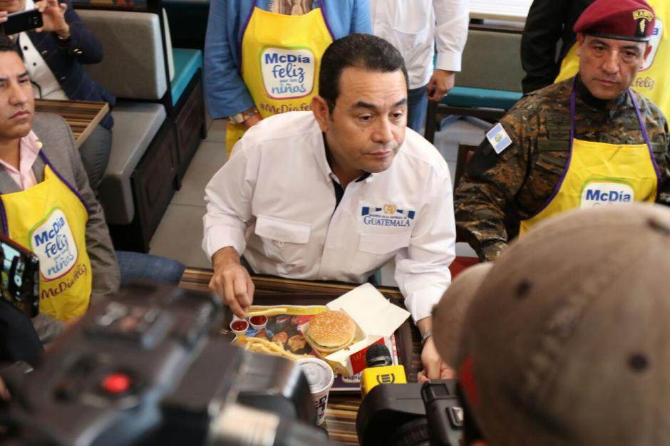 Jimmy Morales dijo que es mejor prevenir alguna catástrofe antes de tiempo. (Foto: Alejandro Balán/Soy502)