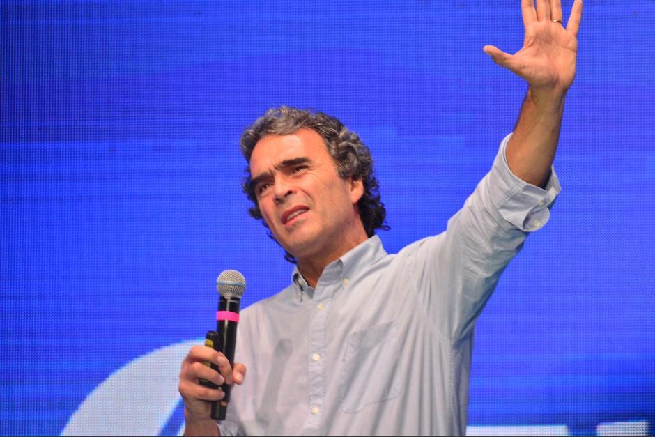 Fajardo fue alcalde de Medellin y gobernador de Antioquia. (Foto: Jesús Alfonso/Soy502)