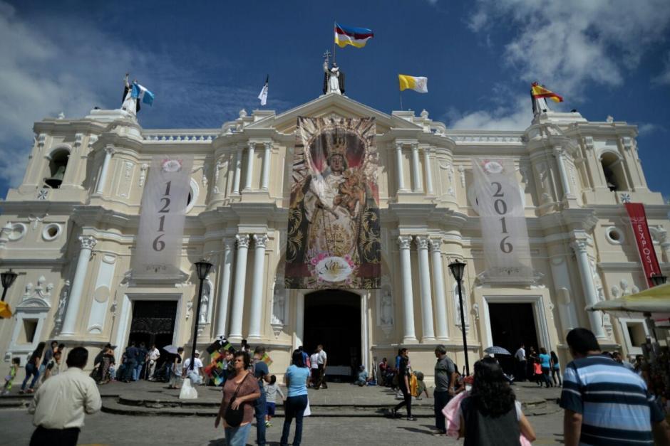 El templo de Santo Domingo en la zona 1 será el epicentro de las festividades católicas durante octubre. (Foto: Archivo/Soy502)