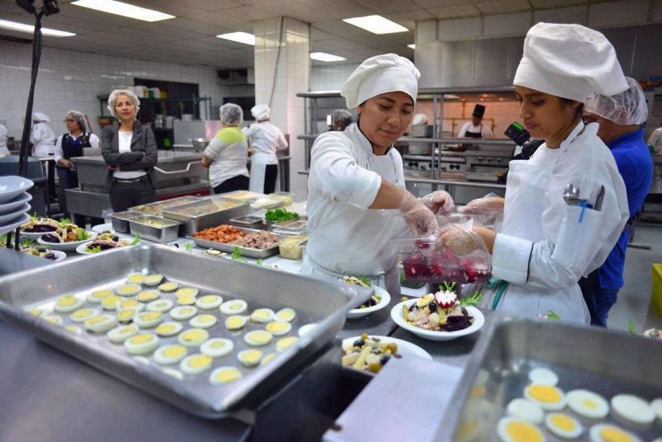 Los chefs usan ingredientes de primera calidad. (Foto: Jesús Alfonso/Soy502)