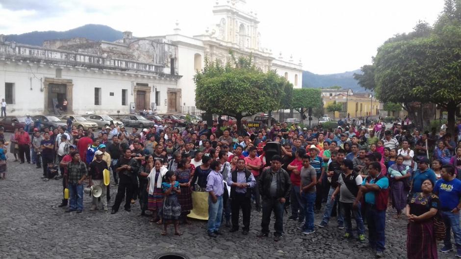 Los comerciantes buscan que las autoridades municipales atiendan sus demandas. (Foto: Pablo Solís/Nuestro Diario)