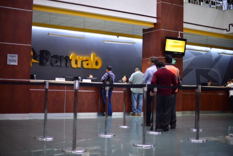 Las operaciones del Bantrab continúan con normalidad. (Foto: Jesús Alfonso/Soy502)