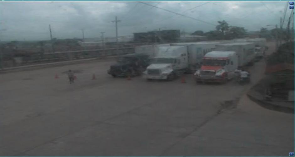 Los camioneros han recibido protección de la PNC (Foto: Soy502)