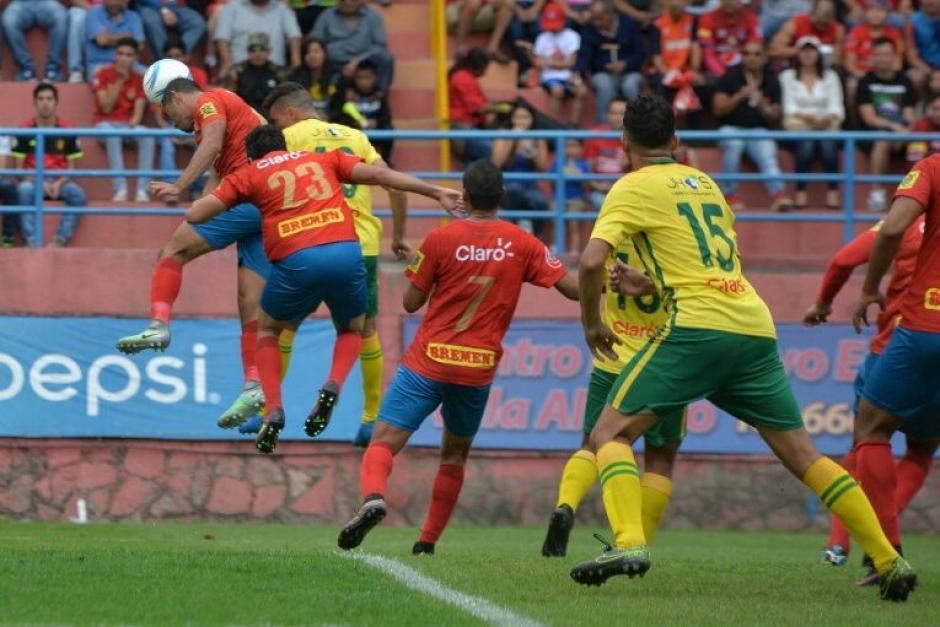 Municipal se llevó el triunfo al anotar dos goles al Deportivo Guastatoya. (Foto: Wilder López/Soy502)