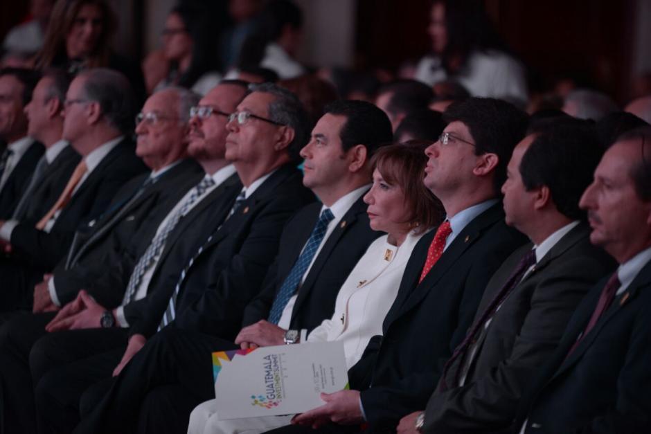 Autoridades participaron en la inauguración del evento. (Foto: Wilder López/Soy502)