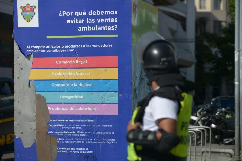 Una de las razones por las que evitan las ventas callejeras es por la comercialización de productos ilegales. (Foto: Wilder López/Soy502)