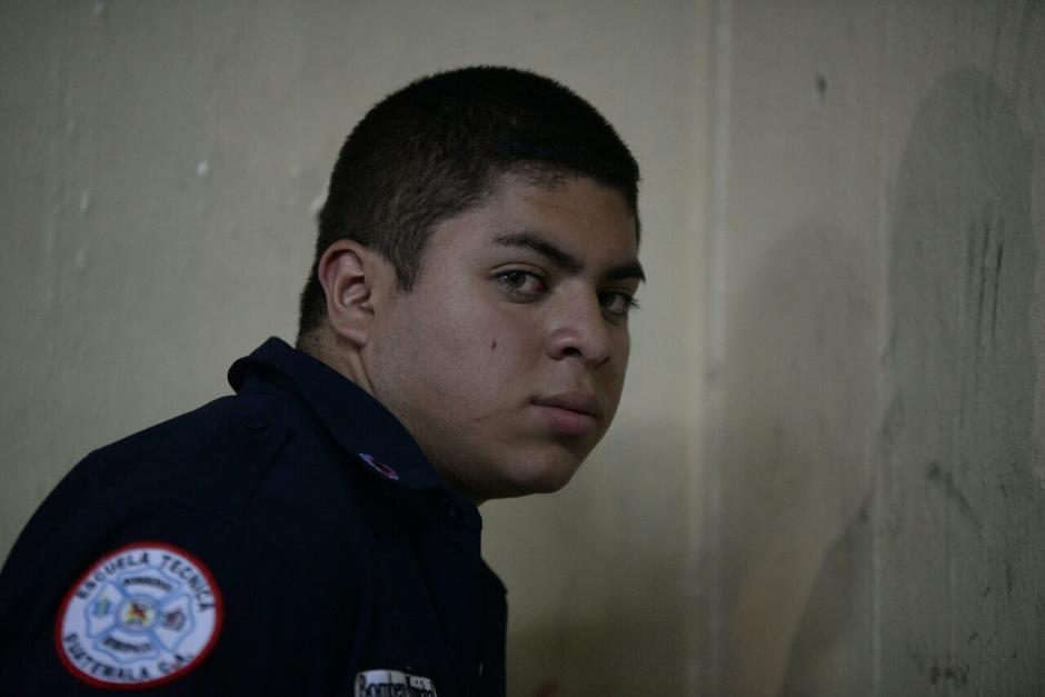 Henry Samuel Rivas Mayen de 18 años fue arrestado por hacerse pasar por bombero. (Foto: Wilder López/Soy502)