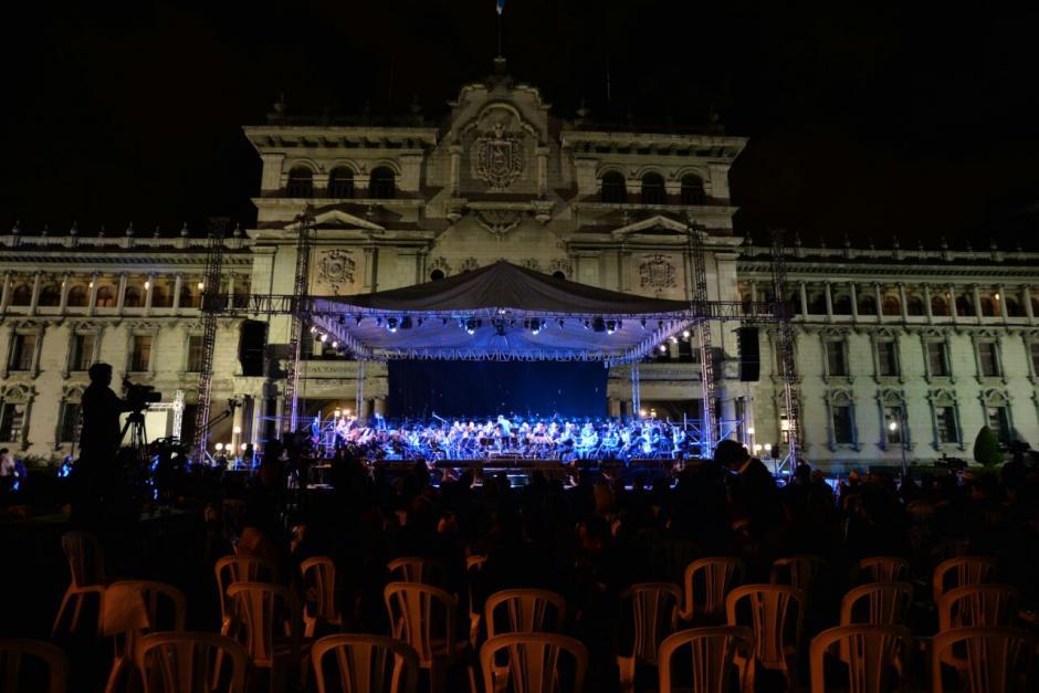 Al terminar los actos protocolarios, se dio paso a un concierto de la Orquesta Marcial del Ejército. (Foto: Wilder López/Soy502)