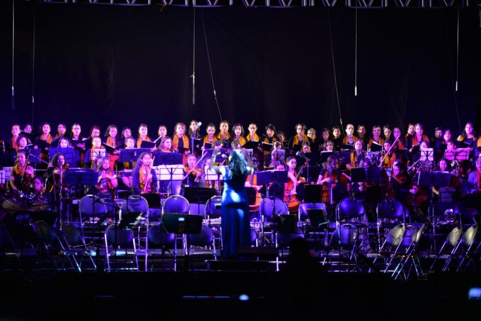 Así mismo, la Orquesta Alaíde Foppa interpretó algunos temas, pero había muy poca afluencia de personas. (Foto: Wilder López/Soy502)