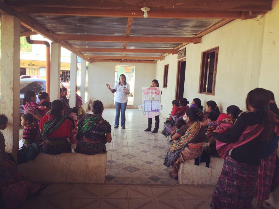 Los víveres están destinados para San Juan Sacatepéquez, uno de los municipios contemplados en el Plan del Pacto Hambre Cero por sus índices de desnutrición. (Foto: Luisa Ranchos)