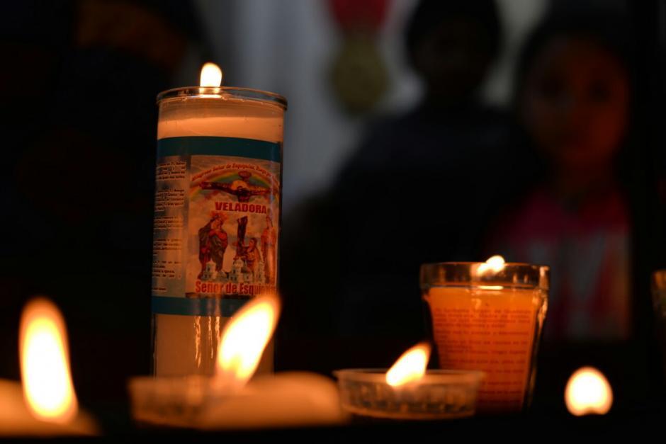 La veneración se extiende varios días. (Foto: Wilder López/Soy502)