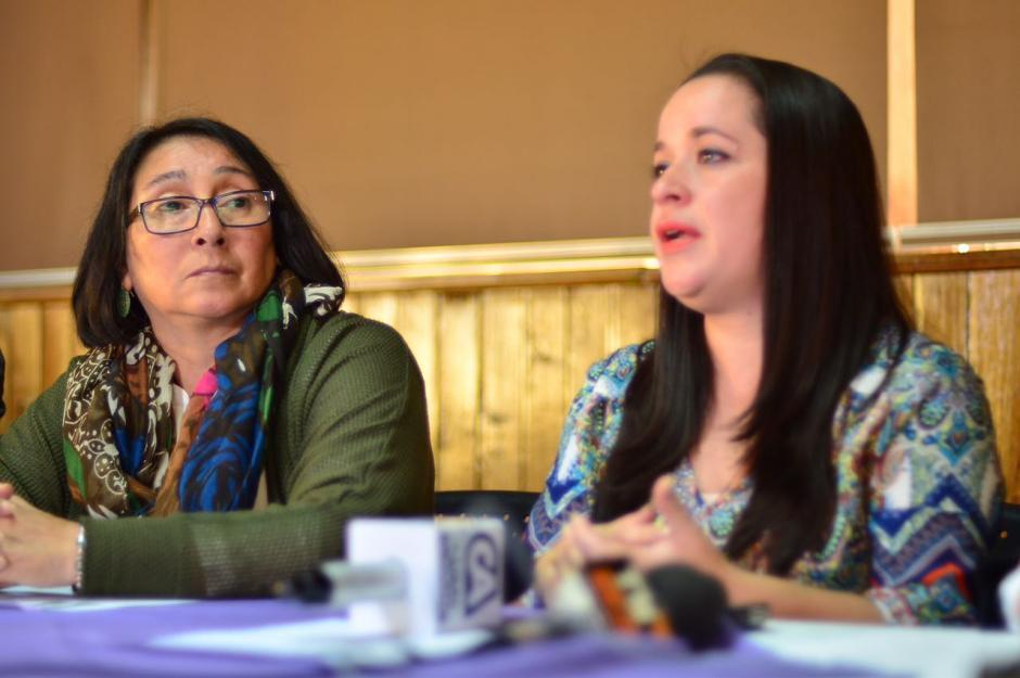 Norma Cruz de fundación sobrevivientes denunció los malintencionados recursos.  (Foto: Jesús Alfonso/Soy502)