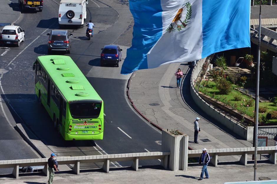 El Transmetro se ha convertido en un modelo de transporte masivo en la región. (Foto: Jesús Alfonso/Soy502)