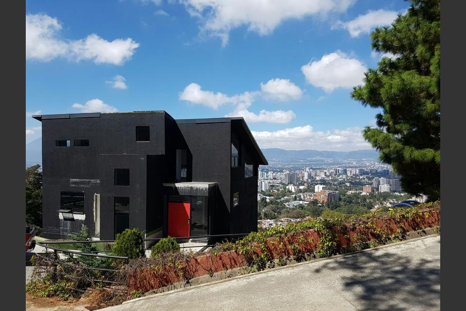 Este es la vivienda de Juan Carlos Monzón en residenciales Vistas del Ángel en Santa Catarina Pinula, la cual pasó a ser administrada por la Senabed. (Foto: MP)