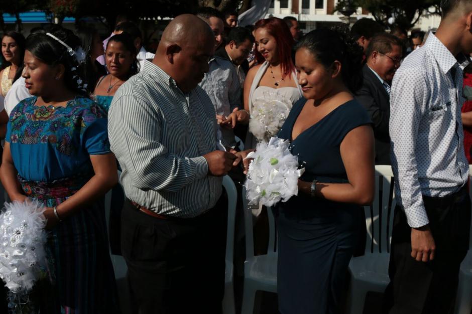 Sin embargo, cinco parejas se arrepintieron y no llegaron a la actividad. (Foto: Alejandro Balán/Soy502)