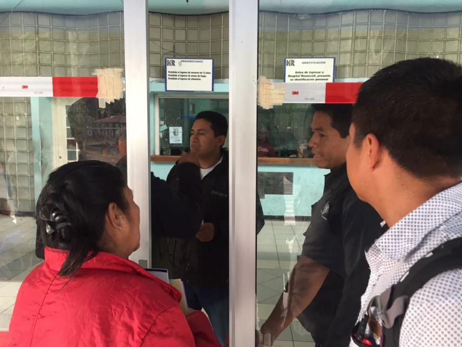 El hospital Roosvelt cerró la consulta externa como precaución ante la alerta de atentados. (Foto: Jesús Alfonso/Soy502)
