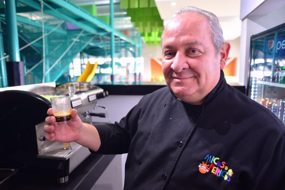 El chef participó en la elaboración de recetas, costos, pruebas y contratación del personal en el área de cocina. (Foto: Jesús Alfonso/Soy502)